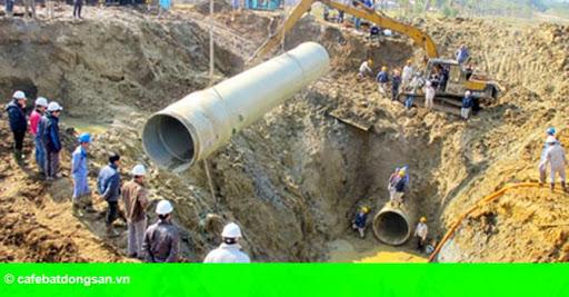 """Hình 1: """"Kỳ tích đen"""" 10 lần vỡ ống nước sông Đà của Vinaconex"""
