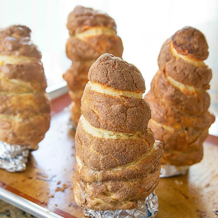 photo of baked doughnut cones