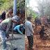 Pembangunan Jalan Desa Cianaga Libatkan Warga Setempat