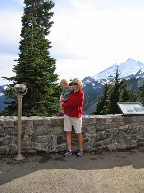woman and child at the Mt. Baker lookout / Credit: Bellingham Whatcom County Tourism