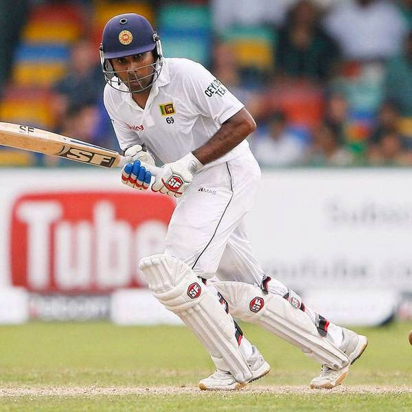 Sri Lanka's Mahela Jayawardene plays a shot during the first day of their second test cricket match against South Africa in Colombo July 24, 2014.