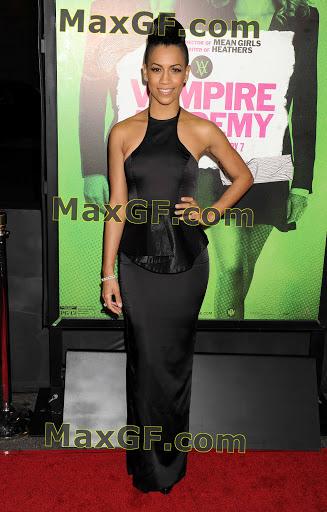 Dominique Tipper   Vampire Academy premiere Dominique Tipper DFSDAW 001 51987.jpg