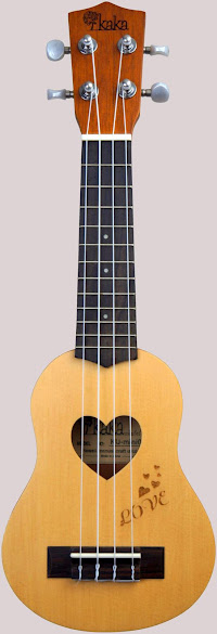 Kaka Love mini pocket sopranino ukulele corner