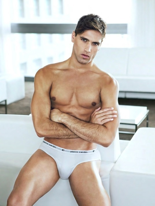 Fabio-Mancini-for-Pierre-Cardin-Under-and-Bodywear-160125-04