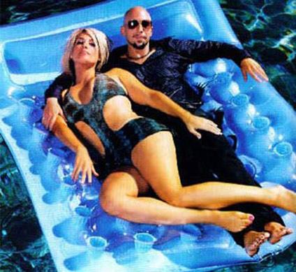Neil Strauss Surviving His Girlfriend Lisa, Neil Strauss