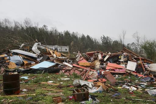 ATLANTA: Claudette se fortalece tras haber dejado 13 muertos en Alabama.