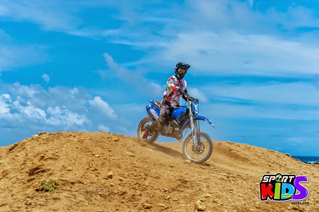 extreme motorcross Aruba - moto%2Bcross%2BGrape%2Bfiled%2BApril%2B2015-53.jpg
