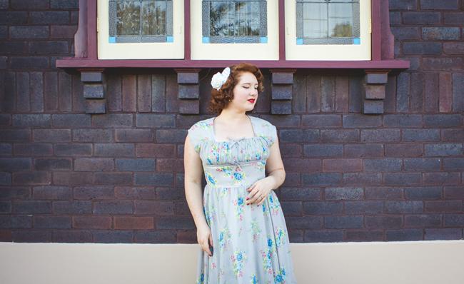 Miss Ellen Daisy Jean Floral Designs Facinator & Blue Rose Hell Bunny Dress | Lavender & Twill
