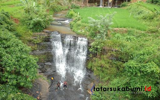 Curug Gerong  Sungai Cisuren Desa Caringinnunggal, Kecamatan Waluran, Kabupaten Sukabumi, Jawa Barat// Foto : Rudi Imelda