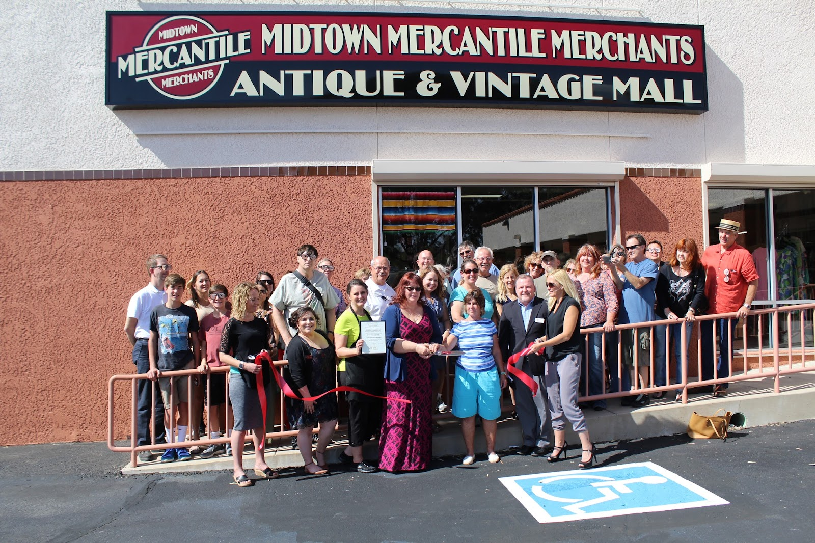 Congratulations to Midtown Mercantile Merchants located at 4443 E. Speedway Boulevard on their Grand Opening!  The new Antique and Vintage Mall is a unique and exciting concept in antique malls.  An eclectic mix of dealers will sell various antiques, vintage, salvage, mid-century items, art work, furniture, industrial and far too many collectibles to mention!