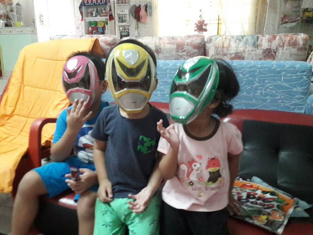 GO ! GO ! POWER RANGERS