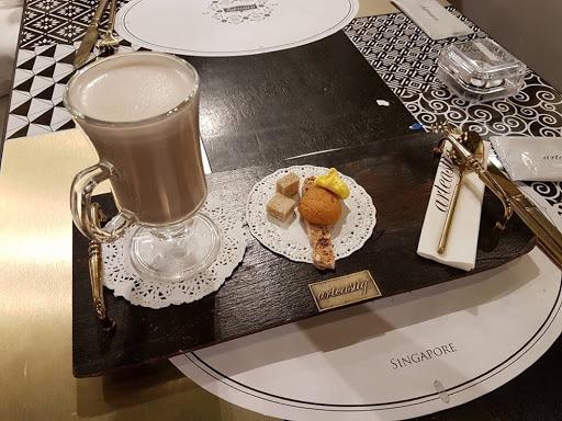 Hot chai latte from Arteastiq at Mandarin Gallery