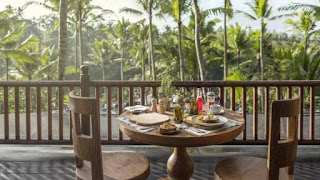 Resto capella ubud view