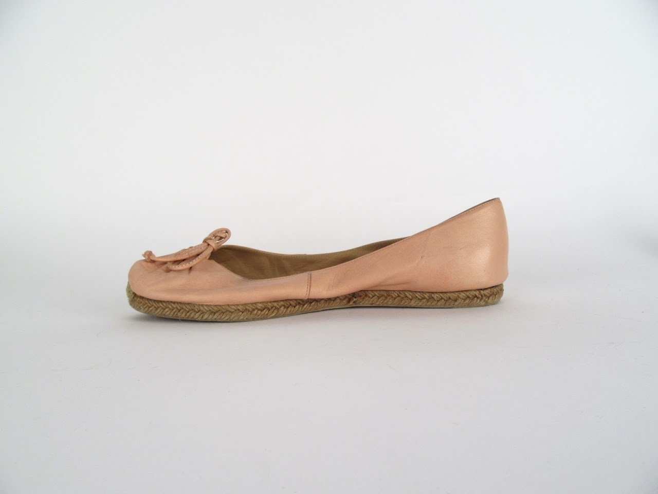 official photos 9c7a1 38edf Christian Louboutin Espadrille Flats in Tan Leather ...