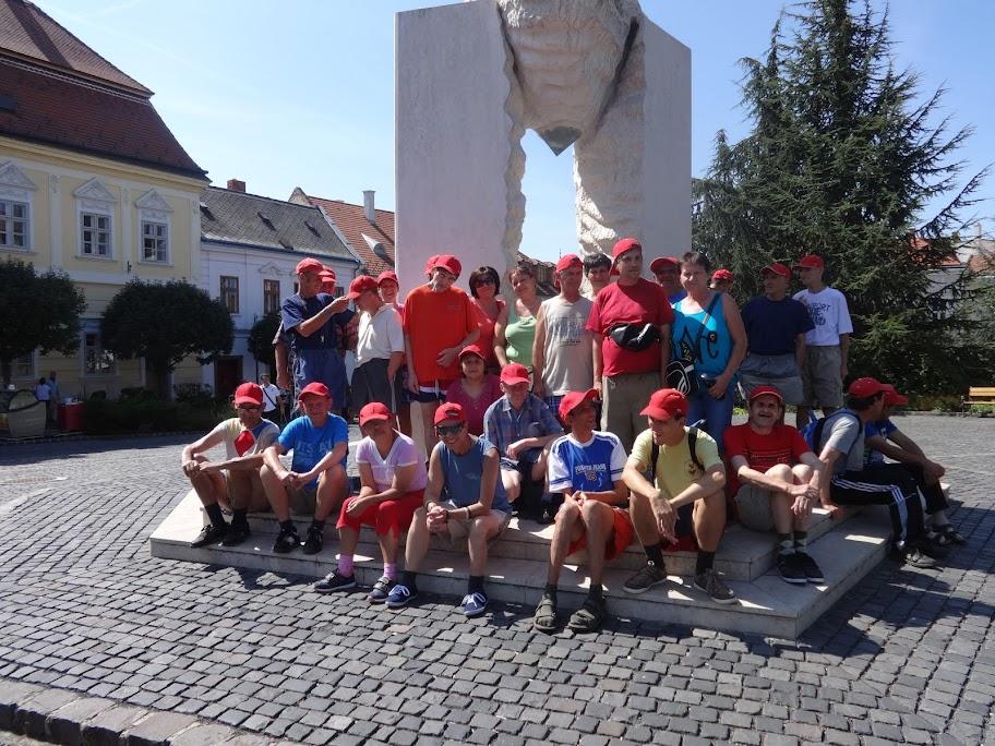 2015. 08. 24-29-én 27 fő ellátott Balatonalmádiban csodálatos napokat tölthetett el.