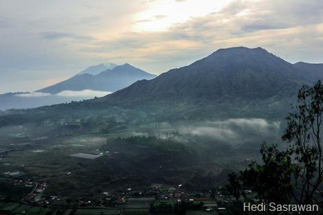 Panorama Gunung Batur dari Desa Pinggan