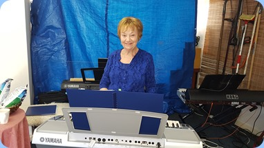 Our Events Manager, Diane Lyons, playing her Yamaha PSR-3000. Photo courtesy of Delsye Whorwood.
