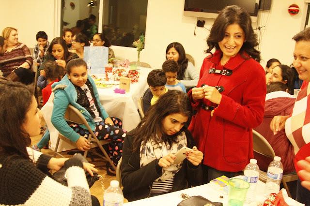 Servants Christmas Gift Exchange - _MG_0884.JPG