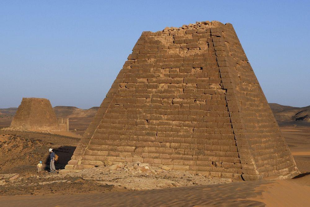 nubian-pyramids-3