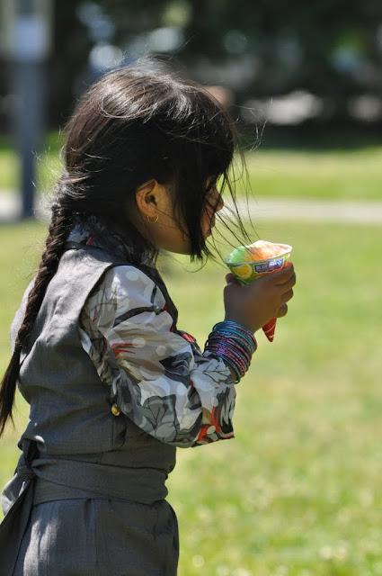 TAW celebrating H.H the Dalai Lama Bday at Magnuson Park 2011 - Trungkar--Magnuson%25252520park%25252520401.JPG