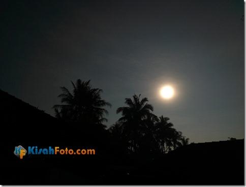 Memotret Gerhana Matahari dengan Ponsel