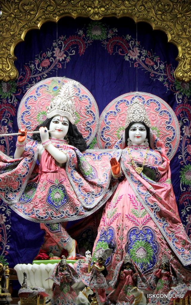 ISKCON Juhu Mangal Deity Darshan on 30th Sep 2016 (14)