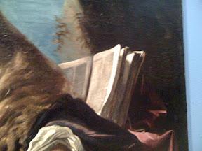 Un libro barroco, representando un tipo de letra mucho más pequeño, a dos columnas y sin capitulares visibles.