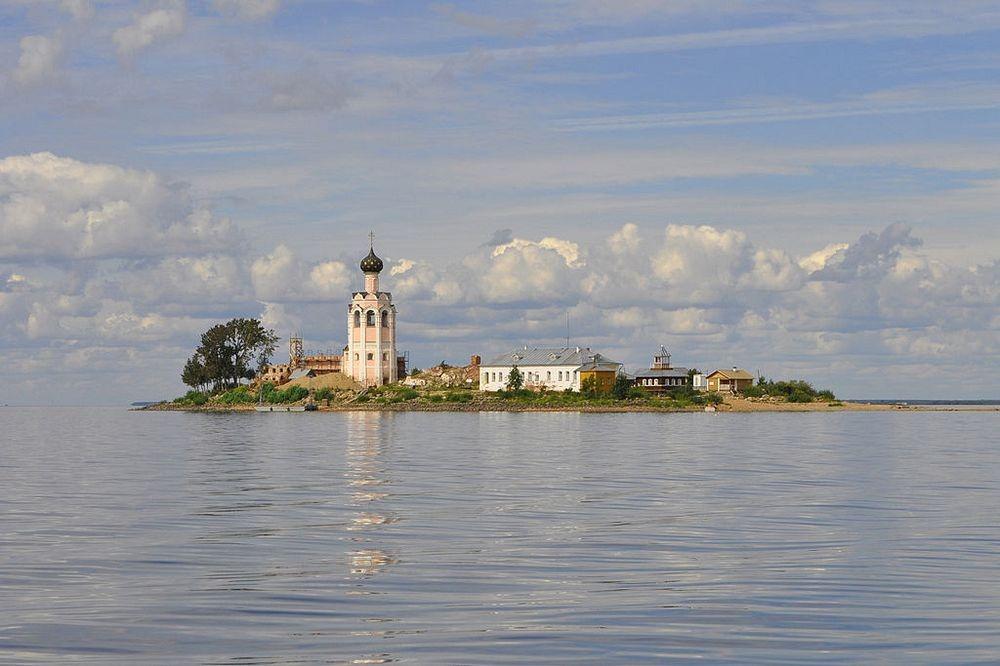Spaso-Kamenny-monastero-6