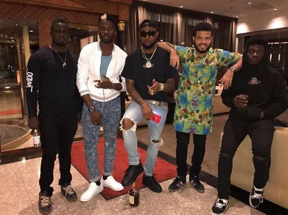 30 Billion Gang!!! Davido Spends One Million Dollars On Gold Chains For His Crew (Photos)