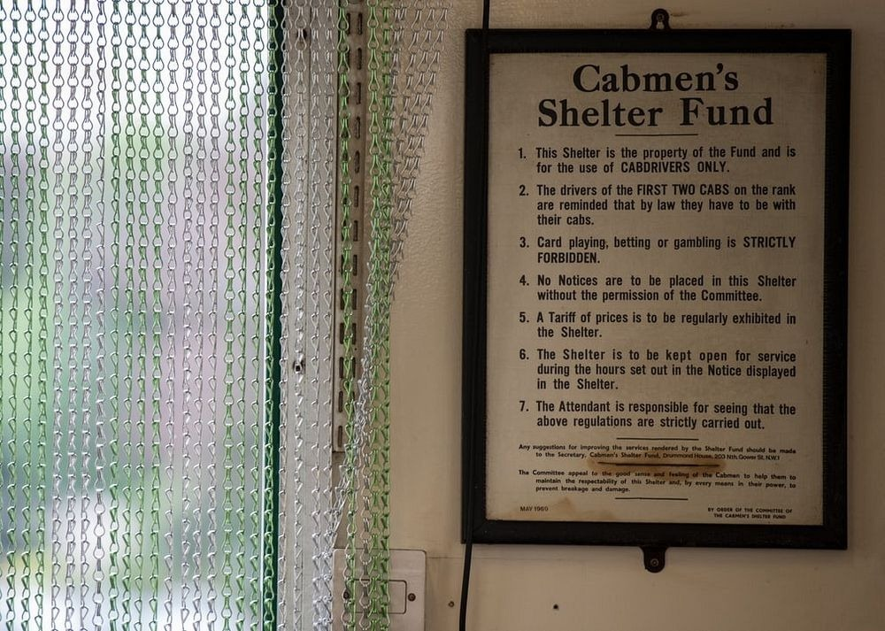 london-cabmen-shelters-2