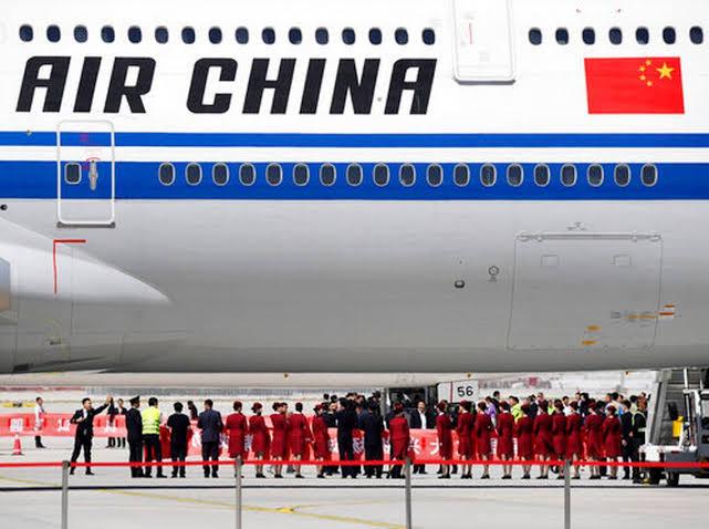 China Diisolasi, Maskapai Penerbangan Cutikan Karyawan Tanpa Gaji