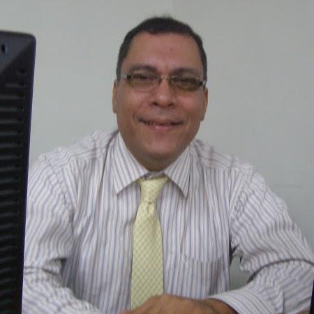 Benito Moreno Photo 23