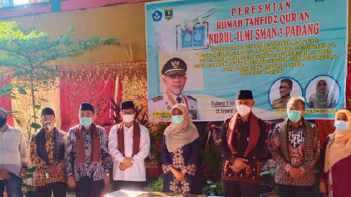 Gubernur Sumbar Bersyukur SMAN 3 Padang Memiliki Rumah Tahfidz