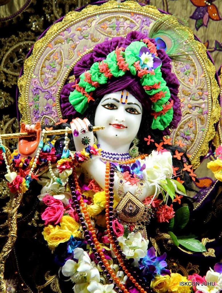 ISKCON Juhu Sringar Deity Darshan 19 Dec 2015 (6)