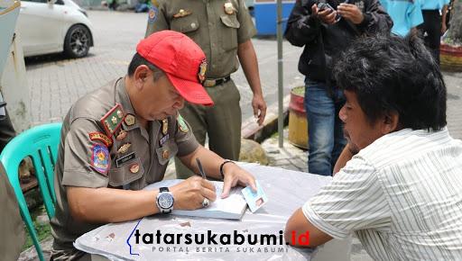 Razia PKL di Sukabumi, Pedagang Kena Denda Tipiring