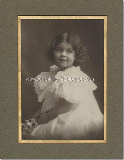 Loraine c1898  w daisies