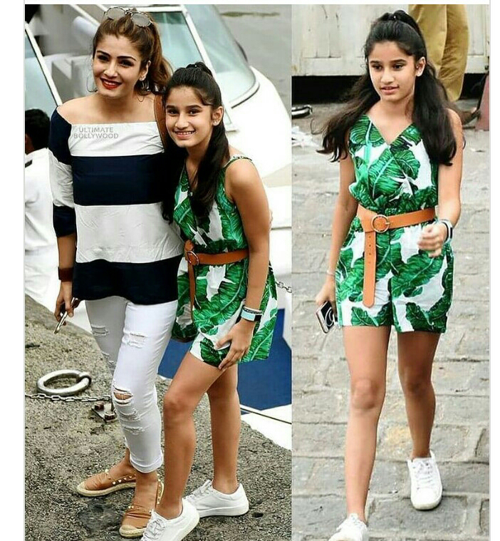 Raveena tondon with her daughter