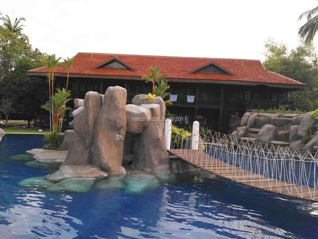 kolam mandi di meritus pelangi langkawi