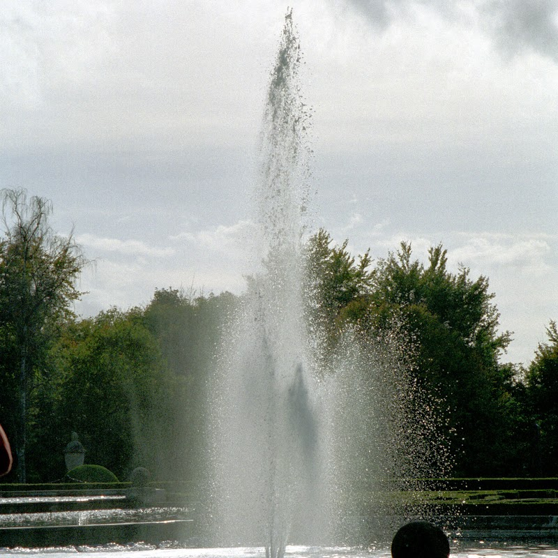 Blenheim_05 Fountain.jpg