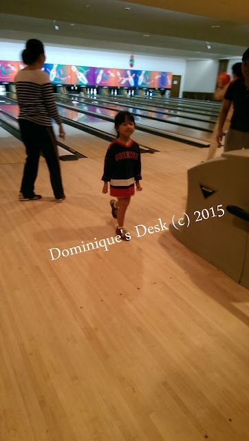 Tiger girl at the bowling alley