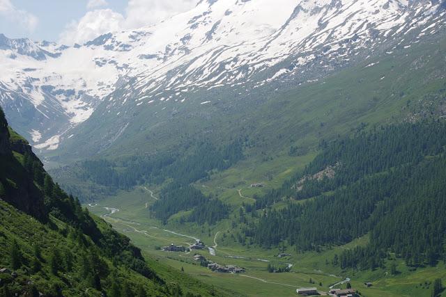 Le Val Fex depuis Marmorè, 2200 m (Engadine, Grisons, CH). 11 juillet 2013. Photo : J.-M. Gayman