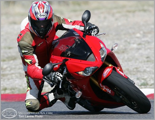 triumph-daytona-675_red_3