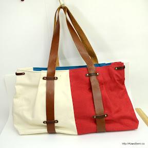 トリコロール風味の帆布バッグ