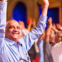 Vashi Kaka Hands Up.jpg