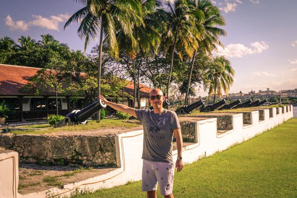 photo 201412-Havana-Malecon-11_zpsbwc55qrj.jpg