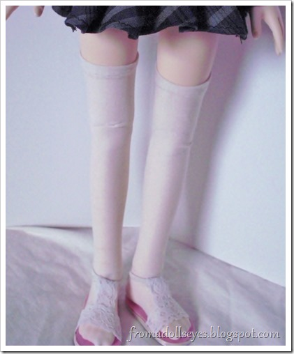 Thigh high socks for a ball jointed doll.