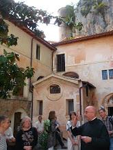 Photo: 019 Kirjason johtaja kertoo vieläkin toimivasta luostarista