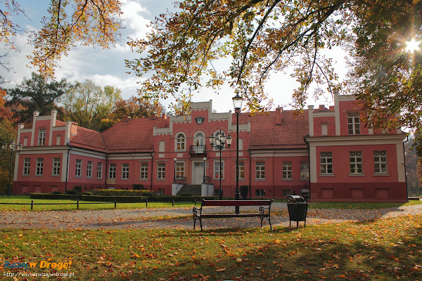 Wejherowo - Pałac Przebendowskich w parku miejskim