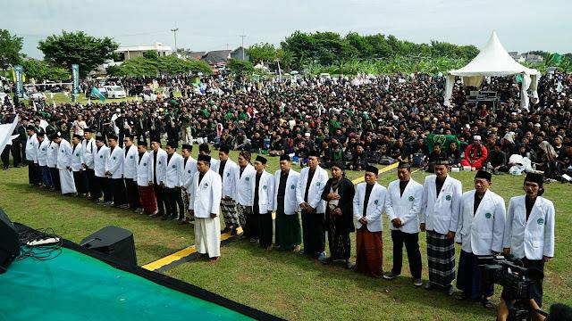 Menggetarkan, Silaturahmi Kebangsaan, Sepuluh Ribu Pendekar Pagar Nusa Konsolidasi dan Menerima Ijazah Kubro di Cirebon