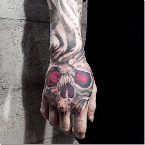 extienda_su_tatuaje_por_el_brazo_y_arranque_suspiros_por_donde_sea